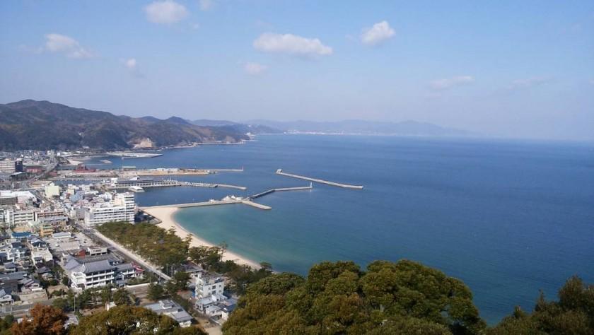 洲本城からの海