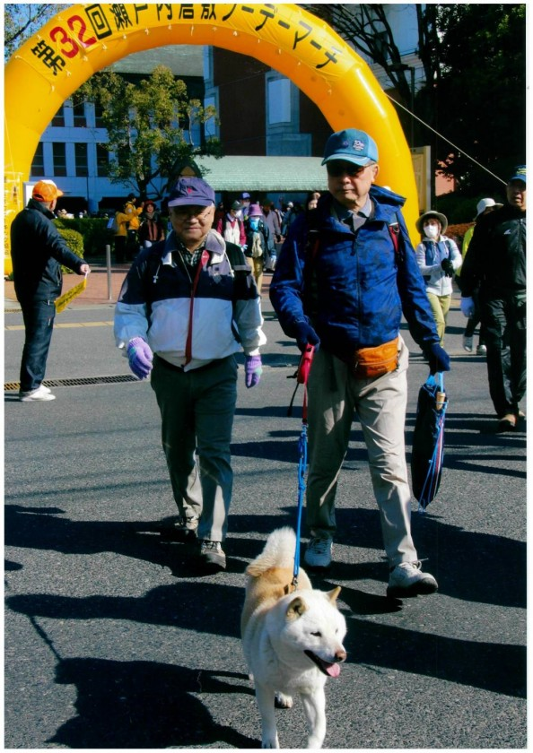 特選(参加者) 森谷光子 「愛犬と歩く」